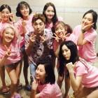 김선근 아나운서, 과거 소녀시대SNSD와 함께한 사진 화제…'순규 진성팬'