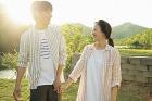 '워너비 부부' 이천희-전혜진, 커플 화보 공개…눈에서 꿀이 '뚝뚝'