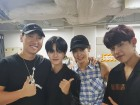 """'브랜뉴뮤직 대표' 라이머, 워너원(Wanna One) 이대휘-박우진 인증샷…""""오늘도 충성"""""""