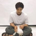 성훈, 강아지와 함께한 일상 한 컷…'훈훈함 폭발'