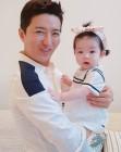 '동상이몽2-너는 내 운명' 소이현, 인교진과 딸 소은이 투 샷 공개…'어쩔 수 없는 딸바보'