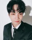 """'러브캐처' 뉴이스트W JR(종현), 심쿵하는 쩨아리의 셀카…""""알러뷰 쏘마취"""""""