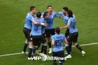 우루과이, 러시아에 3-0 완승…A조 1위로 16강 진출