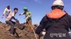 인천해경, 굴업도 토끼섬에 고립된 관광객 6명 구조