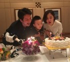 정준호♥이하정 근황, 꽃미남 아들과 '행복한 파티'