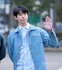 [S포토] NCT 도영, '미남 도영' 뮤직뱅크 출근길