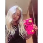 소녀시대 효연, 인스타그램 통해 눈부신 미모 뽐내며 한컷 대공개 ... '뽀얀 피부'