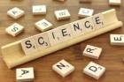 과학을 높이 발전시키자는 '과학의 날'