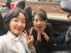 """'리턴' 박진희, 윤소이와 함께 다정하게…""""지금 바로 여기에서 행복하자"""""""