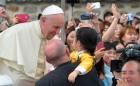 """프란치스코 교황, 이백만 대사에 """"한반도 평화 기원""""…유엔 사무총장도 '평화적 해결' 촉구"""