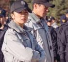 """배우 박재홍, 김소현과 경찰복 입고 인증샷… """"화난거 아님"""" 폭소"""
